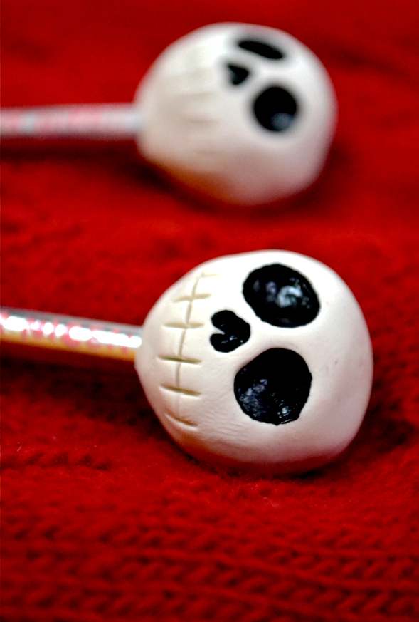 Custom Skull Knitting Needles